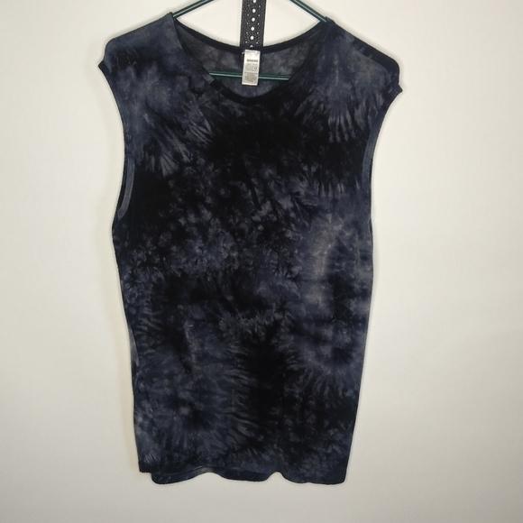 Garyn tie-dye short sleevesize medium